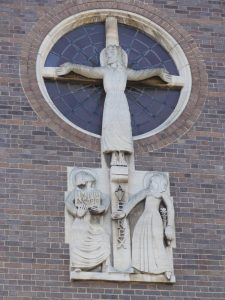 St Thomas The Apostle Church, Boston Road Hanwell (1934)